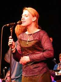 Anneli Drecker på Storbandfestivalen 2001 (Foto: Thomas Olsen)