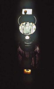 Fra Cikada-forestillingen Dark Matter (2002)