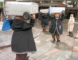Padoxer, Festspillene i Bergen, 2003