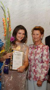 Olga Mykytenko og Dronning Sonja 2003