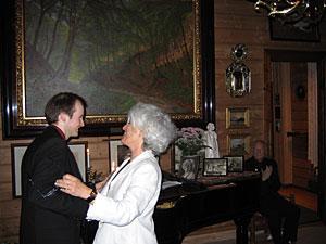 Tor Espen Aspaas får Robert Levin-prisen 2005 av Mona Levin