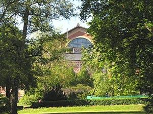 Festspillbygningen i Bayreuth (Foto: www.bayreuther-festspiele.de)