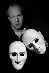 Espen Dekko med masker (2007)