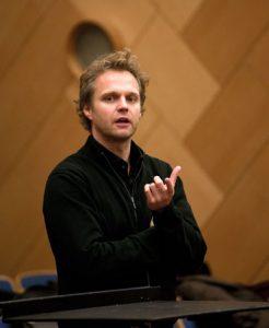 Thomas Søndergård/Foto: Marius Flatby/Kringkastingsorkestret