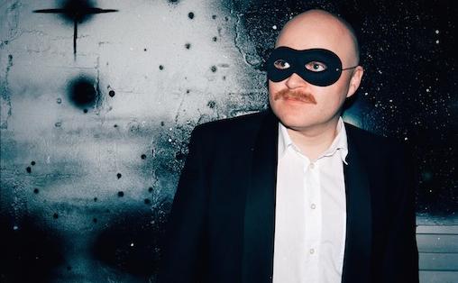 I Bård Aasen Lødemels remikser får originallåten dobbel eller trippel lengde,  doble med doble instrumentalpart, ekstra intro og outro. Foto: Henri