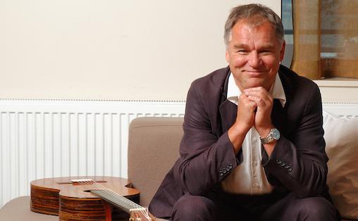 Med Norsk Viseakademi vil Lars Klevstrand initiere debatter om visa.