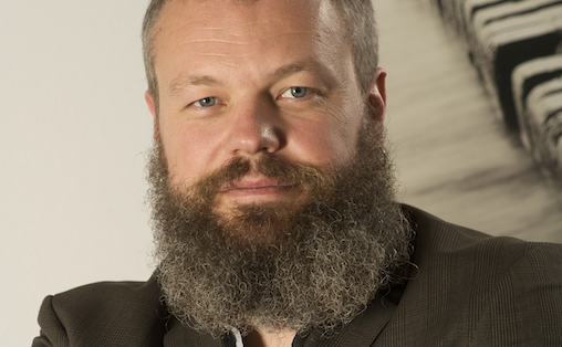 Torgeir Waterhouse ber kulturbransjene om å tenke pragmatisk.
