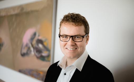 Verktøykassa næringslivet har til rådighet kan brukes av kunstnere, mener statssekretær i Kulturdepartementet Bjørgulv Vinje Borgundvaag. Foto: Ilja C. Hendel