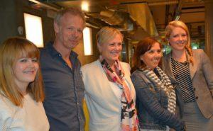 Fra venstre: Elisabeth Sjaastad, Kai Robøle, Thorhild Widvey, Anne Gaathaug og Stine Helén Pettersen. Foto: Ketil Frøland / Kulturdepartementet