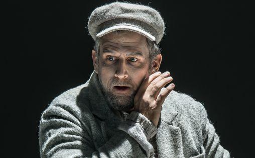 Christoph Pohl i rollen som Johannes. Foto: Clive Barda