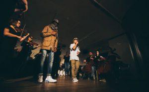 Ensemble Allegria med rapperne Anas Rifai og Patrik Mamou Korh Foto: Jacquesholst.com
