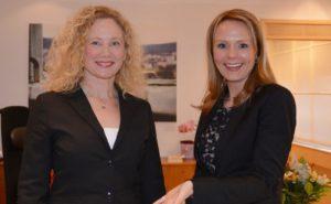 Kulturrådets leder Tone Hansen og Kulturminister Linda Cathrine Hofstad Helleland. FOTO: Wenche Nybo /KUD