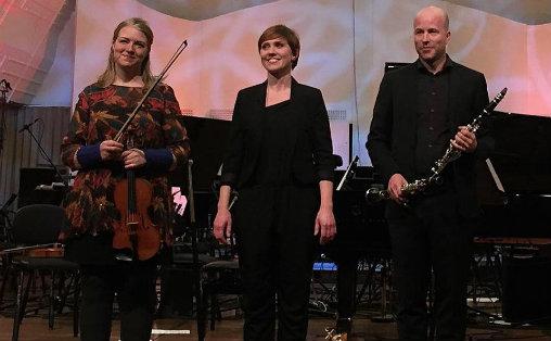 Maria Angelica Carlsen, Ingrid Andsnes og Björn Nyman Foto: Clare Farr/NRK