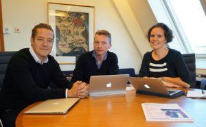 Lars Petter Hagen, dir. Ingrid Røynesdal og kunstnerisk plansjef i OFO Alex Taylor. Foto: Fred-Olav Vatne