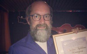 Egil Hegerberg med diplom Foto: Andreas Tylden
