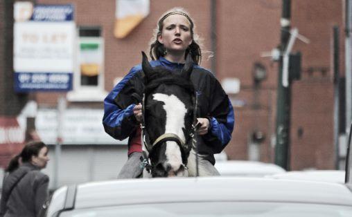Kristin Vollset med hesten Donau