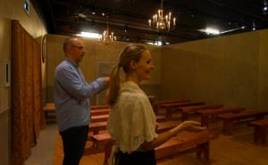 Tolk Audun Nyhus og Helle Thomassen Singsaas, musikkpedagog Foto: Ringve Musikkmuseum