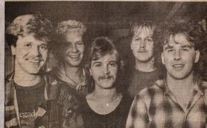 Return, presseklipp fra 1985