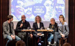 Frå venstre: Ordstyrar Rob Young (m.a. Jazznyttredaktør), Nabil Canaan, Tone Hansen, Rabah Mezoane (fransk kritikar og kulturarbeidar) og Anne Hilde Neset (Kunstnernes Hus).