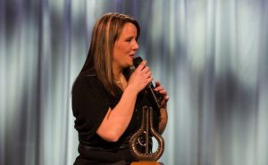 Anne Nørdsti vinner pris i kategorien Danseband under Spellemann 2007. Foto: Spellemann AS