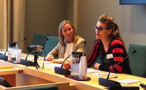 Christine Thomassen og Tove Bøygard på Stortinget Foto:  Marthe Vee