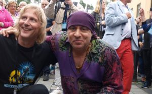 Festivalleder i Notodden Blues Festival, Jostein Forsberg og Steven van Zandt samarbeider om bluesutdanning Foto: Tove Andersson