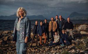 LARM, med vokalist Natalie Sandtorv foran Møremusikaran