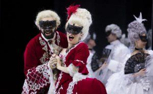 """Bergen Nasjonale Operas produksjon """"Il turco in Italia"""" av Rossini"""