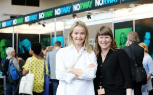 Veien videre: Kathrine Synnes Finnskog, Music Norways direktør (t.v.), og Gry Bråtømyr, daglig leder i Norsk jazzforum, er godt fornøyd med partnerland-deltagelsen på Jazzahead