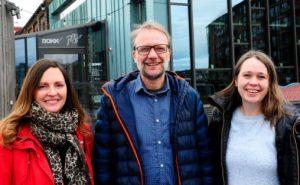 Trondheim Kammermusikkfestivals administrasjon omfatter nå tre heltidsstillinger: Fra venstre produsent Gunn Mogseth Skrove, festivalsjef Sigmund Tvete Vik og daglig leder for TICC, Kristin Reigstad