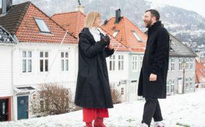 Peter Meanwell og Tine Rude i et vinterkledd Bergen