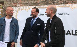Hans Kongelige Høyhet Kronprins Haakon og produsentduoen Stargate