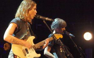Larkin Poe: Søstrene imponerte publikum på helgas Notodden Bluesfestival