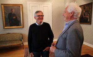 Harald Norvik (t.v.) er ny styreleder ved Barratt Due musikkinstitutt. Til høyre rektor Stephan Barratt-Due