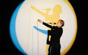 """Jenny Hval framførte verket """"The Practice of Love"""" under bokmessa i Frankfurt"""