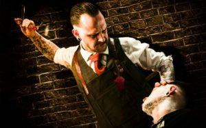 """Illustrasjonbilde fra musikalen """"Sweeney Todd"""" ved Bergen Nasjonale Opera. Modell Simen Marius Granlund, master barber ved Bjørgvin Barbersalong i Bergen"""